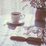 コーヒーを飲みながら読書