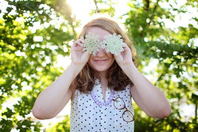 お花の目をした女の子